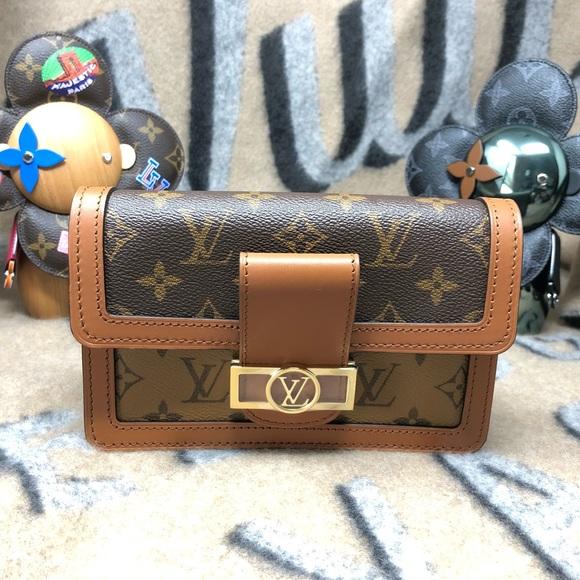 f7934ee7a979 Louis Vuitton Bumbag Dauphine Monogram Handbag